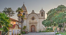 16 21 0440 carmel mission (cropped) (cropped).jpg