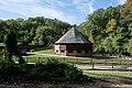 16 sided barn from Slave Cabin 01 - Mount Vernon.jpg