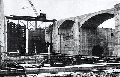 179-PEDRO MIGUEL LOCKS.jpg