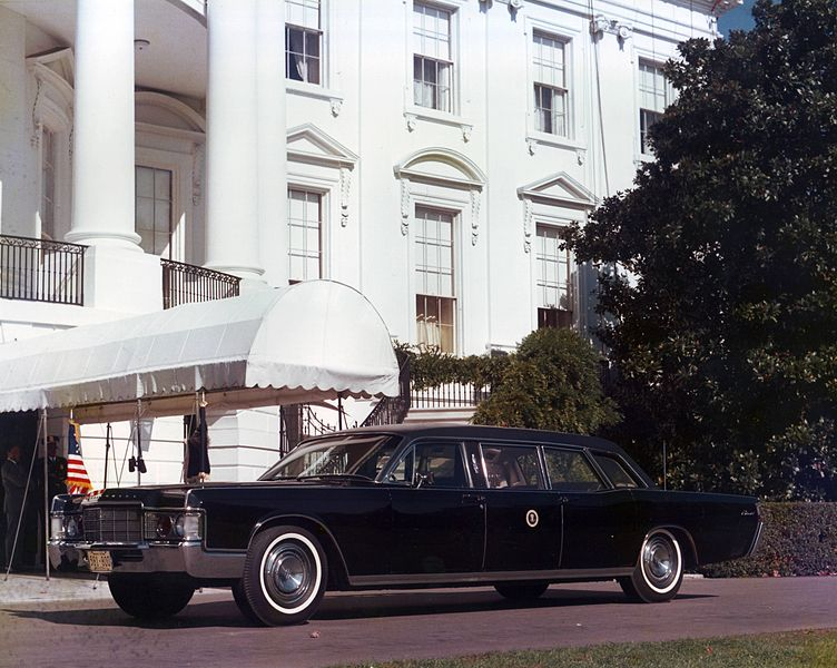 File:1969 Presidential Limousine, Washington DC.JPG