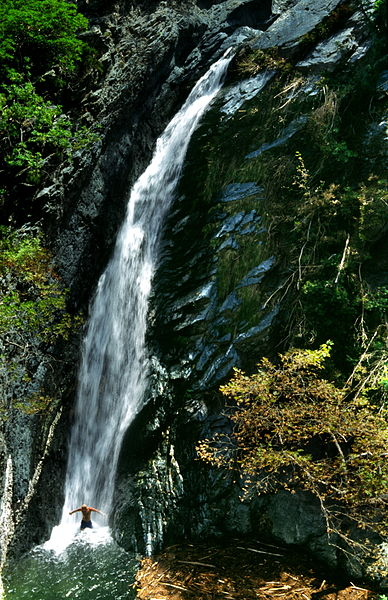 Αρχείο:20020800 Fonias waterfall, Samothrace island Thrace Greece.jpg