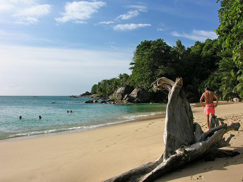 File:2006-06-23 13-32-53 Seychelles Beau Vallon Beau Vallon.jpg