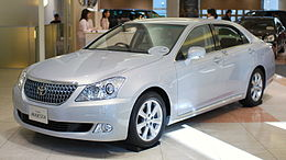 2009 Toyota Crown-Majesta 01.jpg