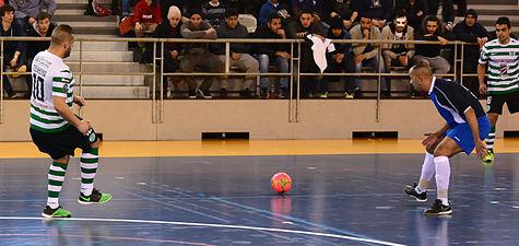 2015-02-28 16-07-28 futsal.jpg
