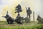 2015.8.11 수도기계화보병사단 신병교육대 각개전투훈련 Individual combat skill and techniques training, Republic of Korea Army Capital Mechanized Infantry Division (22374042378).jpg