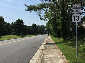 2017-07-12 11 00 43 View south along U.S. Route 13 Business (Bayside Road) at U.S. Route 13 (Lankford Highway) in Cheriton, Northampton County, Virginia.jpg
