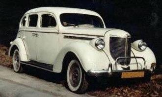 Chrysler Royal - 1938 Chrysler Royal C-18, 4-door