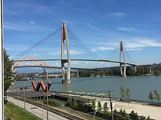 Skybridge (TransLink) - Image: 3Fraser Bridges