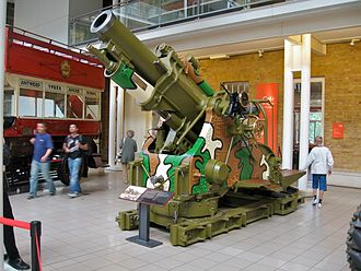 "BL 9.2-inch howitzer - The prototype ""Mother"" gun barrel on Mk I production mounting at the Imperial War Museum, London."