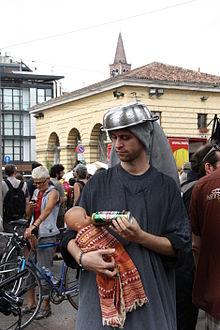 Gli svedesi si sono suicidati in massa. - Pagina 3 220px-9370_-_Madonna_pastafariana_al_Presidio_anticlericale%2C_Milano%2C_2_June_2012_-_Foto_di_Giovanni_Dall%27Orto