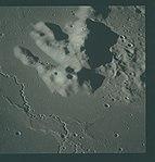 AS16-119-19177 (21969281216).jpg