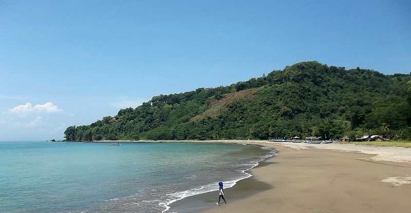 File:A Beautiful Beach At Pelabuhan Ratu, Sukabumi, West Java, Indonesia.jpg