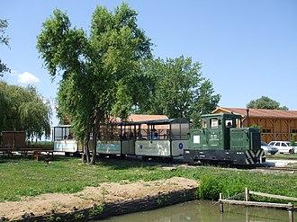Fishery Railway Hortobágy - Image: A Hortobágyi Kisvasút vonata