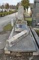 Abandoned grave group 57, Hietzinger Friedhof.jpg
