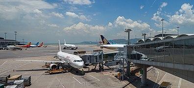 Aeropuerto de Hong Kong, 2013-08-13, DD 09.JPG