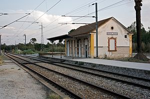 Agolada Train Station.jpg