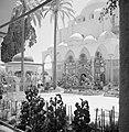 Akko. El Jezzar moskee ingangspartij met marmerincrustaties en een deel van het, Bestanddeelnr 255-2525.jpg