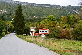 Angles, Alpes-de-Haute-Provence, Entry.JPG