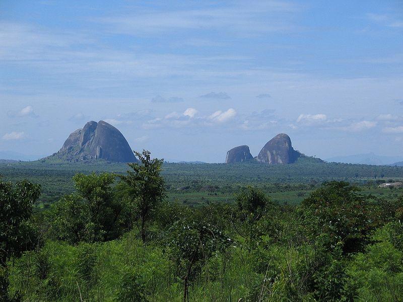 File:Angola landscape.jpg