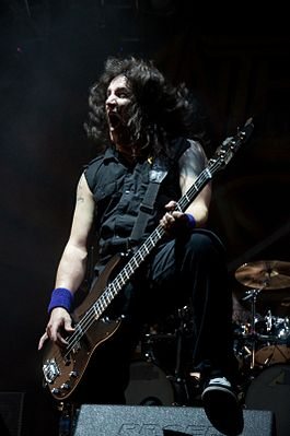 Anthrax - Frank Bello.jpg