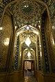 Aramgah-e Shah-e Cheragh (21132786726).jpg