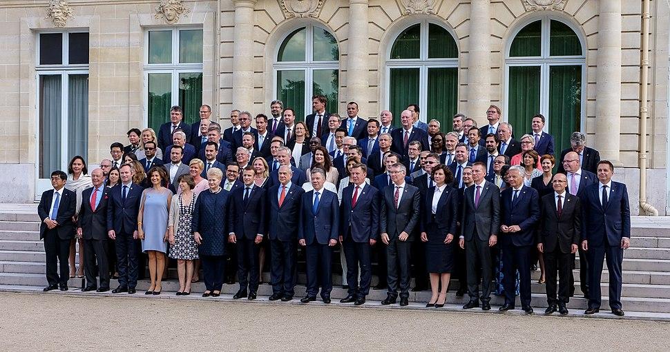 Außenministerin Karin Kneissl nimmt am Ministerial Council Meeting der OECD in Paris teil. (27619529467)
