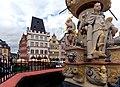 Auf dem Marktplatz in Trier. 03.jpg