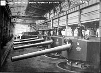 BL 7.5 inch Mk V guns for HMS Shannon Vickers Works LOC ggbain 19618.jpg