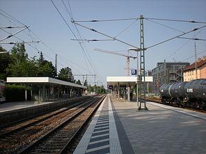Munich Moosach station - Platforms of Moosach S-Bahn station