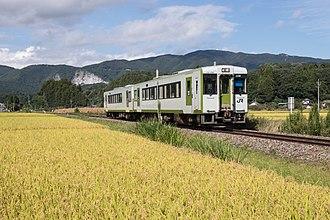 Ban'etsu East Line - A KiHa 110 series DMU on the Ban'etsu East Line service in September 2018