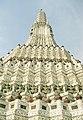 Bangkok Wat Arun Phra Prang detail02.jpg