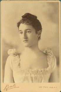 Beatrix Jones Farrand cabinet card est 1890s-1910s