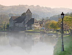 Beaulieu in the Mist.jpg