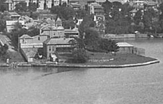 Bellevue, Glebe - Bellevue on Blackwattle Bay foreshore circa 1900. The large house immediately behind with the tower is Venetia