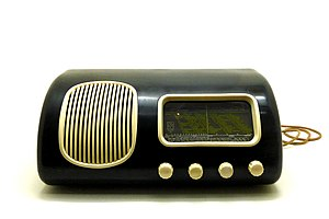 Bang & Olufsen - Image: Beolit 39 radio 1939