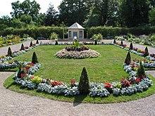 Schlosspark belvedere mit orangerie bearbeiten