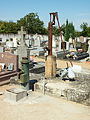 Bonny-sur-Loire-FR-45-cimetiére-pompes-01.jpg