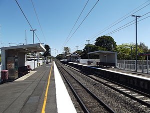 Booval Railway Station, Queensland, Sep 2012.JPG
