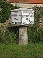 Borne Michelin Les Thomasses - Mosnay (36).jpg