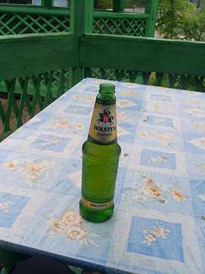 English: Bottle of Holsten Beer
