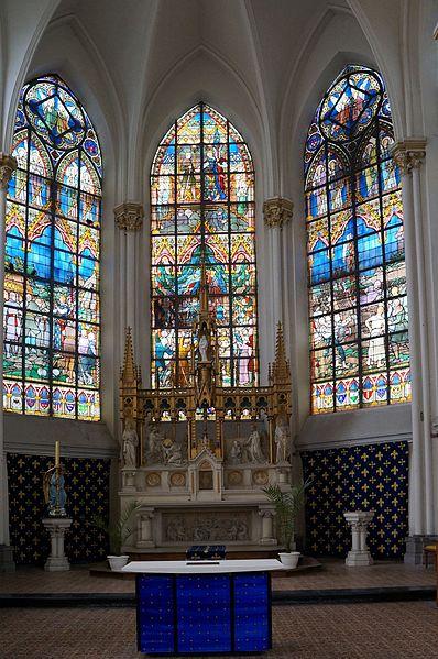 Bouvines vitraux du choeur de l'église Saint Pierre