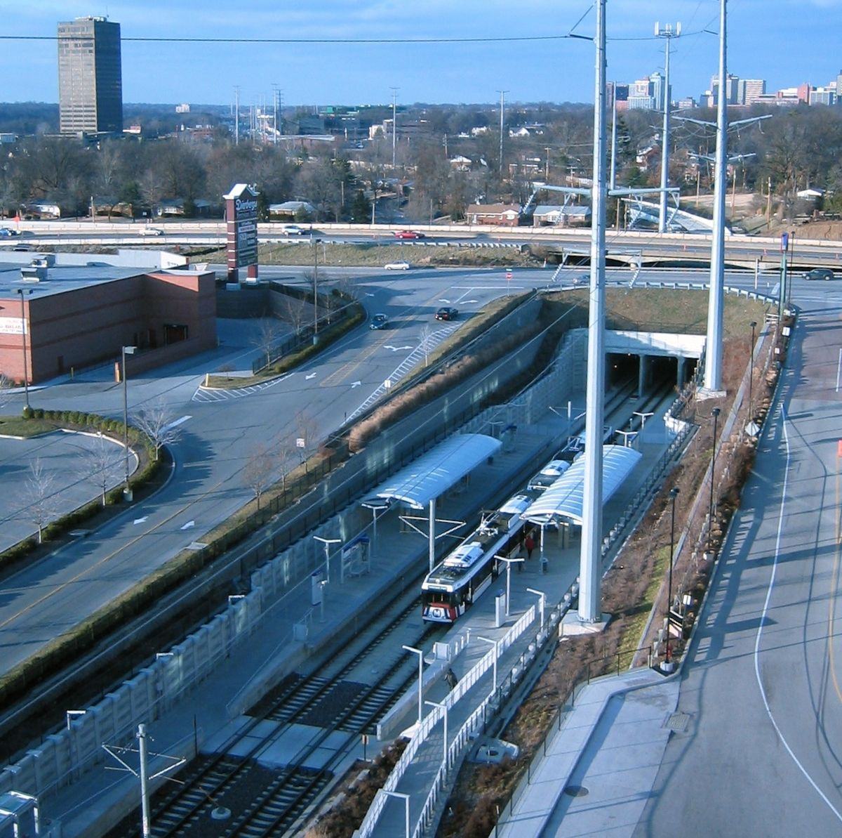 Brentwood i 64 station wikipedia for The brentwood