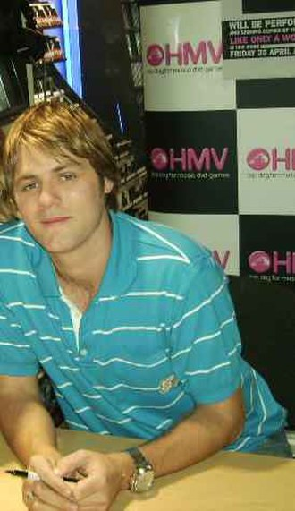 Westlife - Brian McFadden left Westlife for his family and later released his solo musics.