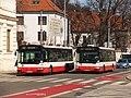Brno, Mendlovo náměstí, Irisbus Citybus 12M č. 7627 a 7618 (01).jpg