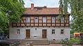 Brockwitz Niederseite 28 Wohnhaus, Scheune, Torpfeiler und Einfriedung eines Bauernhofs III.jpg