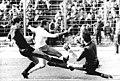 Bundesarchiv Bild 183-1989-0401-014, FDGB-Pokal, Finale, BFC Dynamo - FC Karl-Marx-Stadt 1-0.jpg