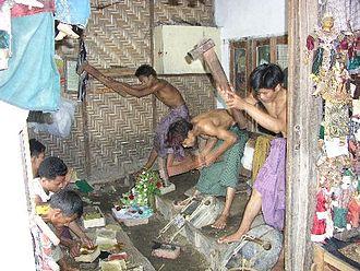 Goldbeating - Goldbeaters in Mandalay, Burma