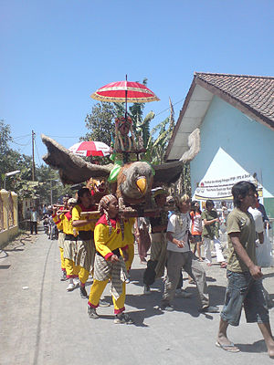 Cirebonese people - Burokan, a traditional performing arts in Cirebon.