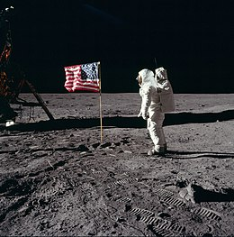 What were the dates of all moon landings