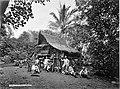 COLLECTIE TROPENMUSEUM Batakhuis bij de tabaksplantage Boeloe Tjina. TMnr 60001560.jpg